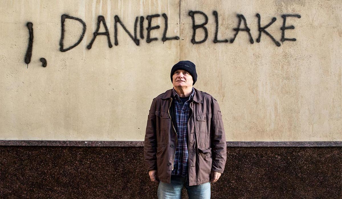 Crítica | Vencedor de Cannes, 'Eu, Daniel Blake' é filme ruim que todos  deveriam ver | by Rogério de Moraes | Redação Crítica | Medium